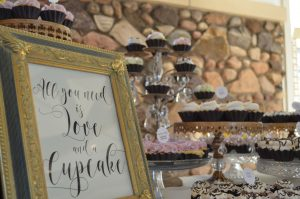 wedding cakes and photo booths