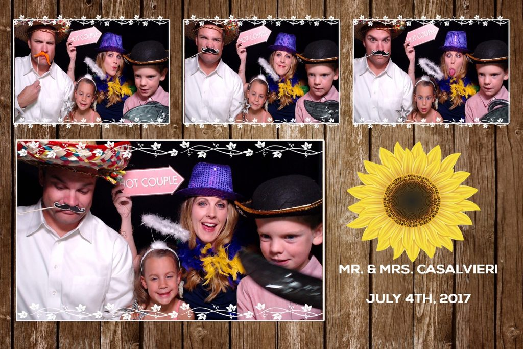 Personalized wedding favors, photo booth print